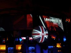 Sevilla 2008. Londonize Beeafeter.